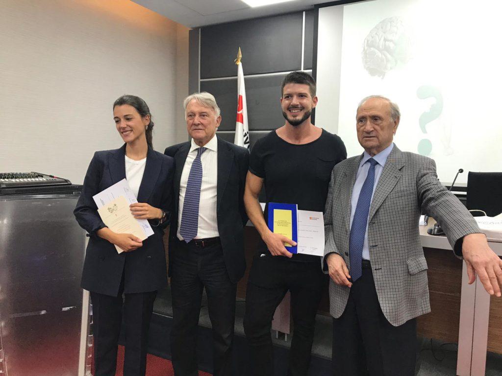 Entrega-premio-VI-investigacion-Fundacion-Dr.Pedro Guillen